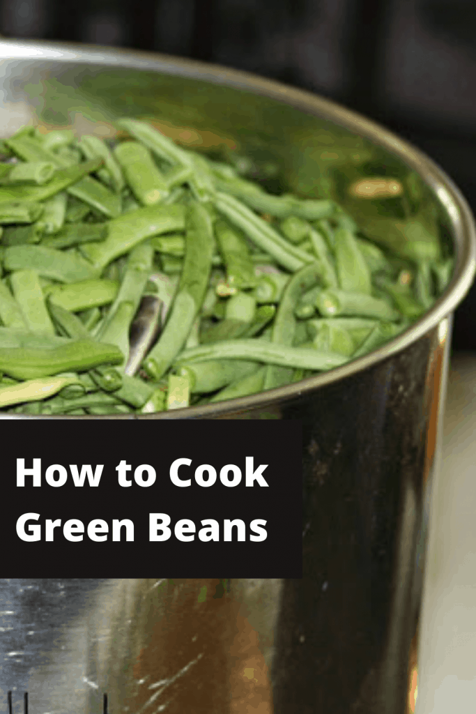 How to cook green beans   Photo of a large pot full of snapped green beans   rosevinecottagegirls.com