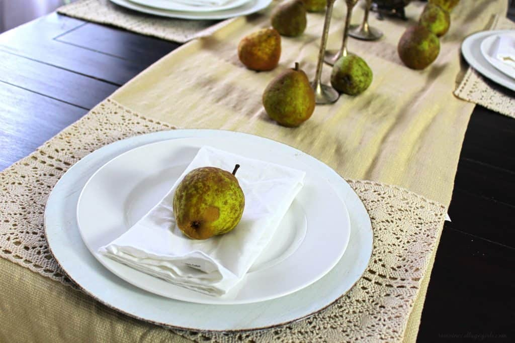 decorating with pears to create a simple fall tablescape